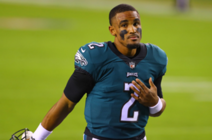 Jalen Hurts making 'big-time throws' in Eagles practices